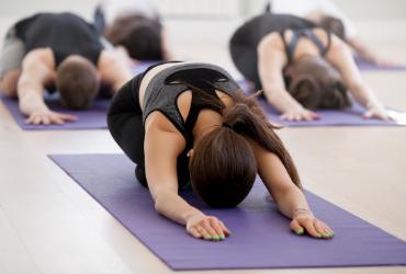 gymnastik und übungen bei morbus bechterew